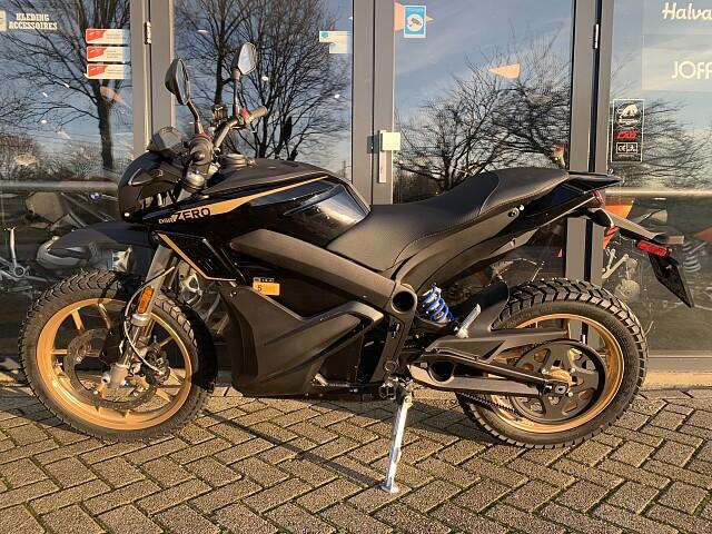2020 Zero Motorcycles DSR ZF 14.4 motor te huur (5)
