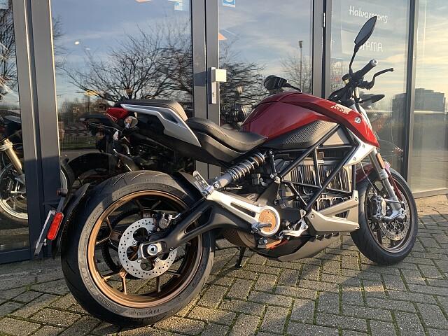 2020 Zero Motorcycles SR/F 14.4  motor te huur (3)