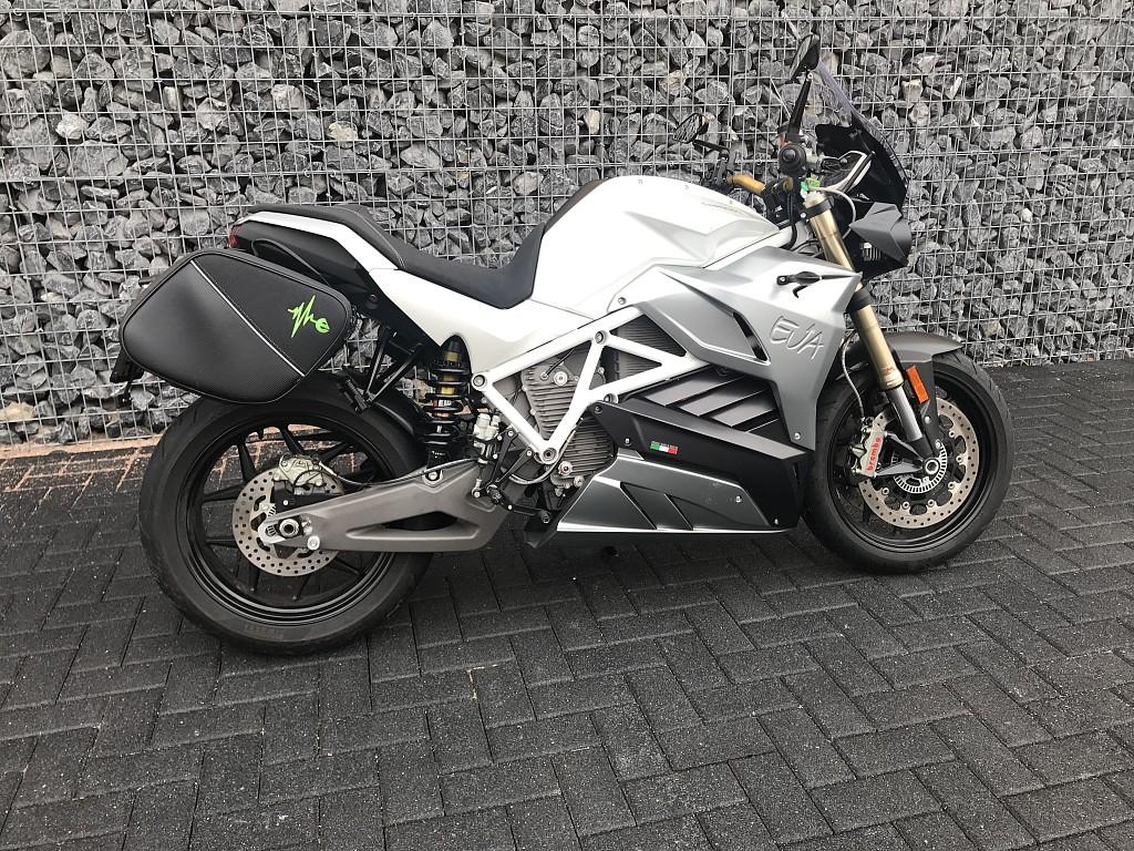 ENERGICA Eva motor #1
