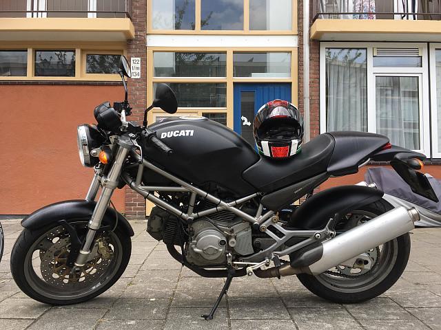 2003 Ducati Monster 620 motor te huur (1)