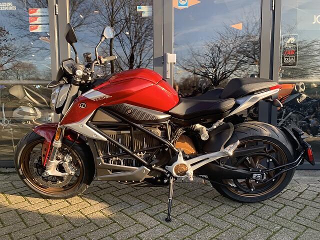 2020 Zero Motorcycles SR/F 14.4  motor te huur (4)