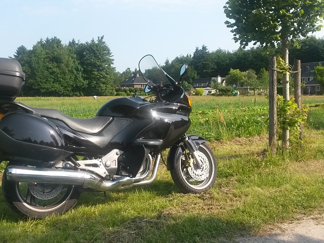 1998 HONDA Deauville motor te huur (2)