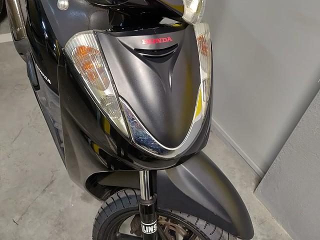 2010 HONDA SH 300 moto en alquiler (2)