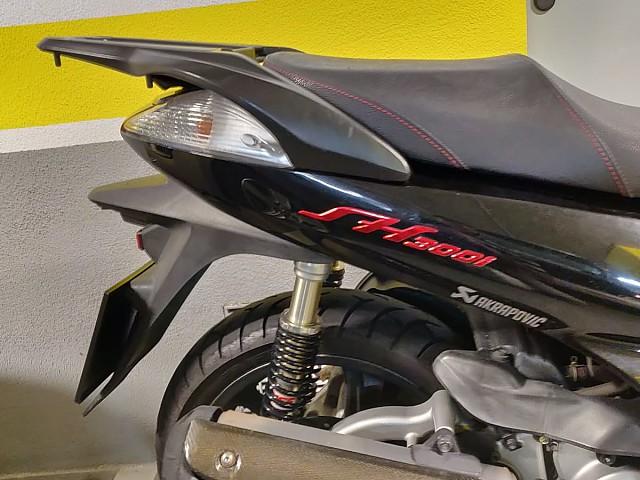2010 HONDA SH 300 moto en alquiler (4)