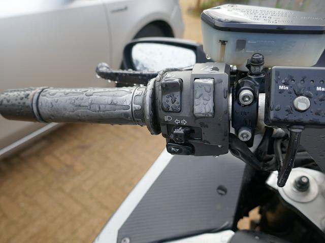 2010 KAWASAKI GTR 1400 motor te huur (4)