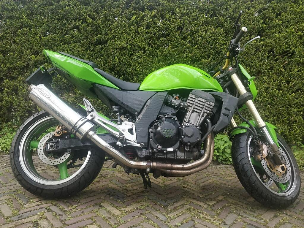 2003 Kawasaki Z1000 motor te huur (1)