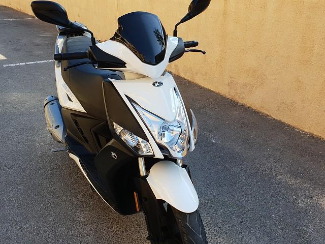 2019 KYMCO Agility City 125 moto en alquiler (4)