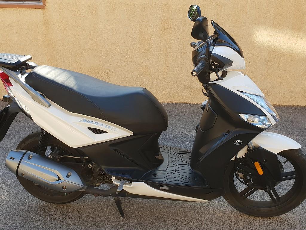 2019 KYMCO Agility City 125 moto en alquiler (1)
