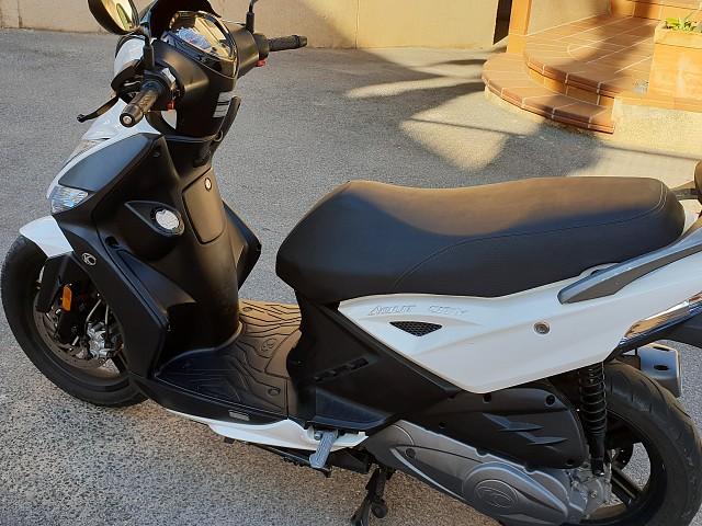 2019 KYMCO Agility City 125 moto en alquiler (2)
