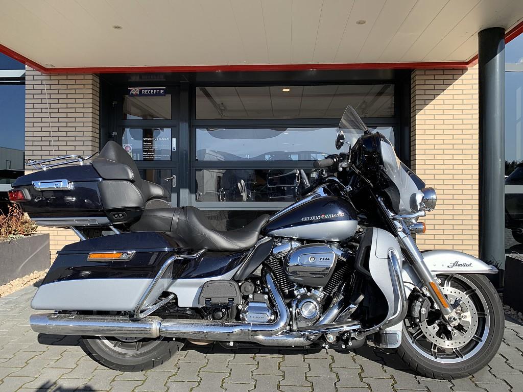 2019 Harley-Davidson Electra Limited motor te huur (1)