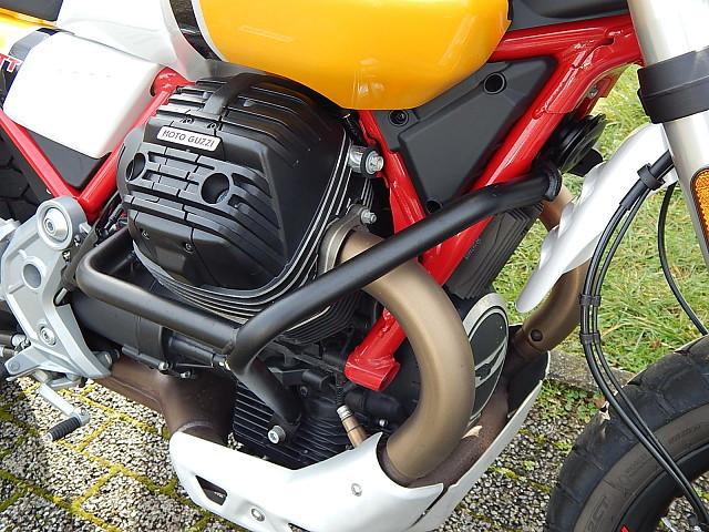 2019 MOTO GUZZI V85 TT motor te huur (5)