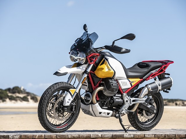 2019 MOTO GUZZI V85 TT motor te huur (2)