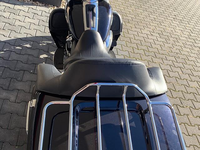 2019 Harley-Davidson Electra Limited motor te huur (2)