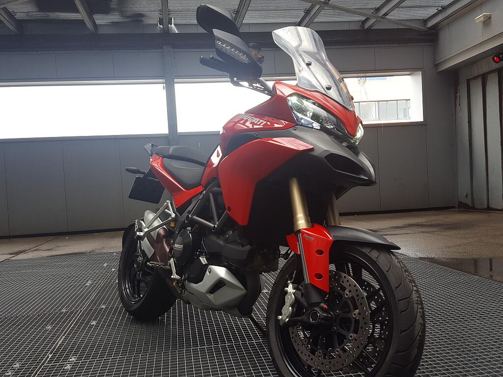 2013 Ducati Multistrada 1200 motor te huur (1)