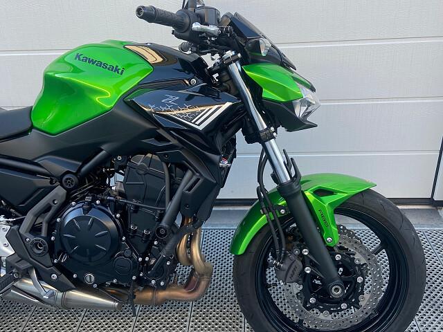2020 Kawasaki Z650 motor te huur (1)