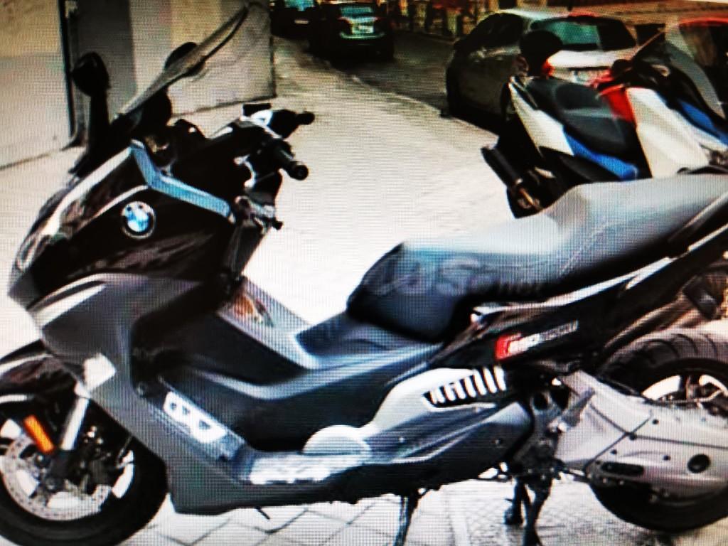 2018 BMW C 650 moto en alquiler (1)