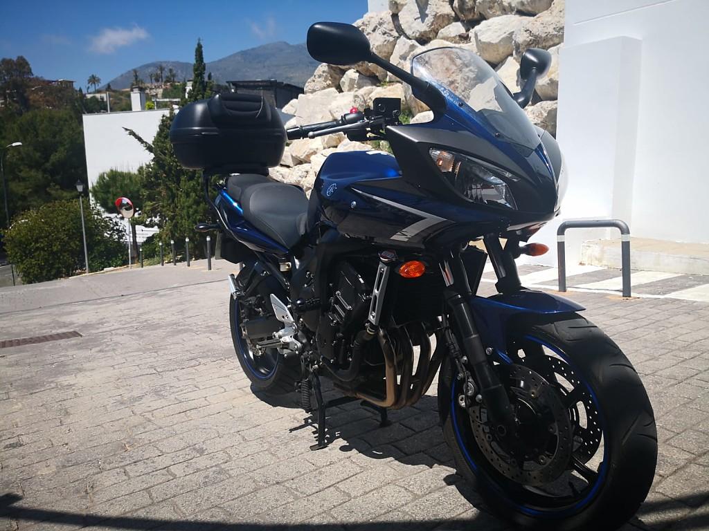 2009 YAMAHA FAZZER S2 moto en alquiler (1)