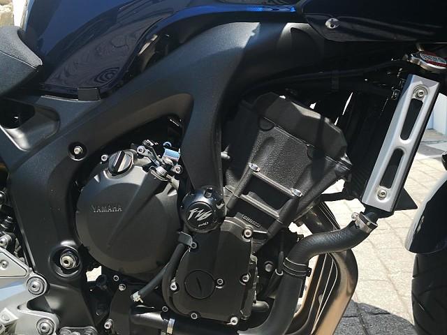 2009 YAMAHA FZ6 moto en alquiler (4)