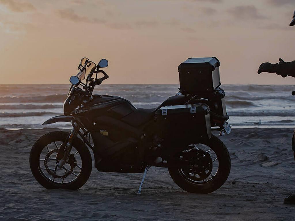 2020 ZERO MOTORCYCLES DSR motor te huur (1)