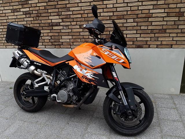 2011 KTM 990 Adventure motor te huur (2)