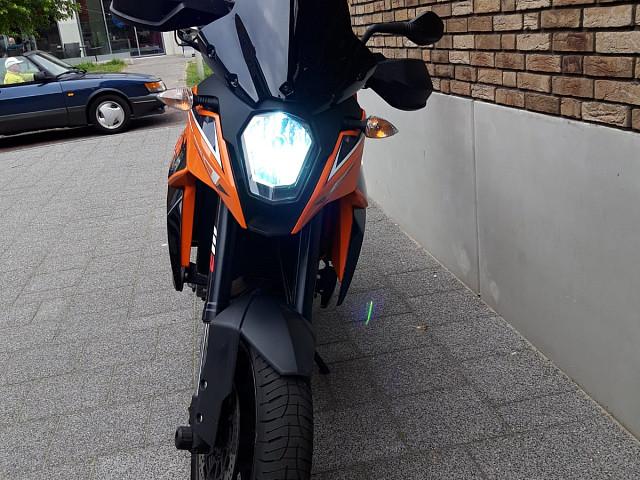 2011 KTM 990 Adventure motor te huur (4)