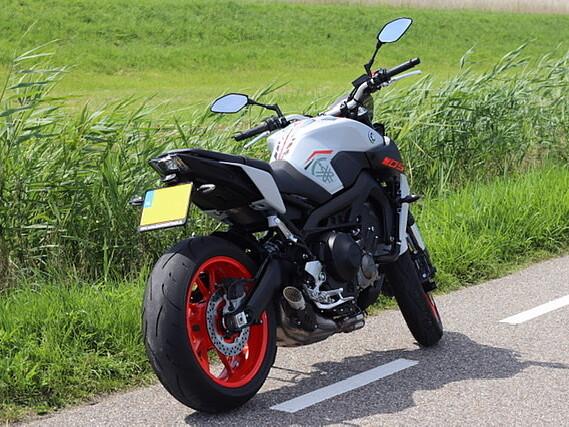 2020 Yamaha MT 09 motor te huur (3)