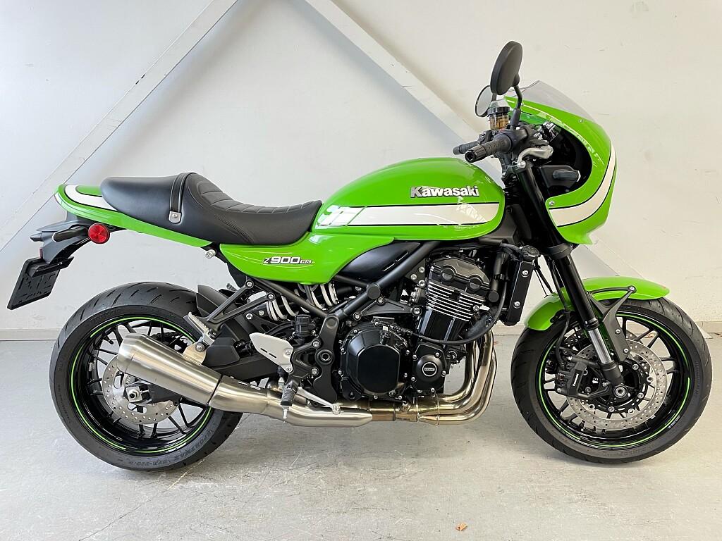 2020 Kawasaki Z900 RS Café motor te huur (1)
