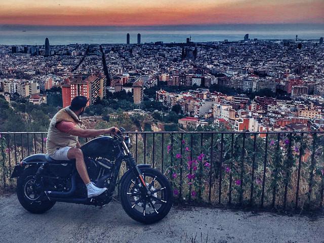 2017 HARLEY-DAVIDSON Iron 883 moto en alquiler (3)