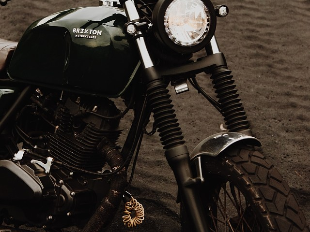 2017 BRIXTON BX 125 moto en alquiler (3)