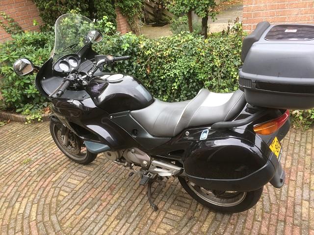 1998 HONDA Deauville moto en alquiler (4)
