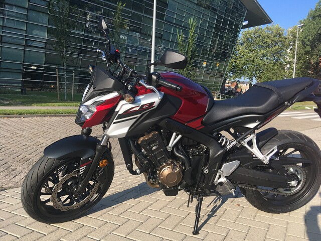 2018 Honda CB650F motor te huur (2)