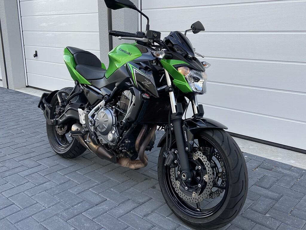 2018 Kawasaki Z 650 motor te huur (1)