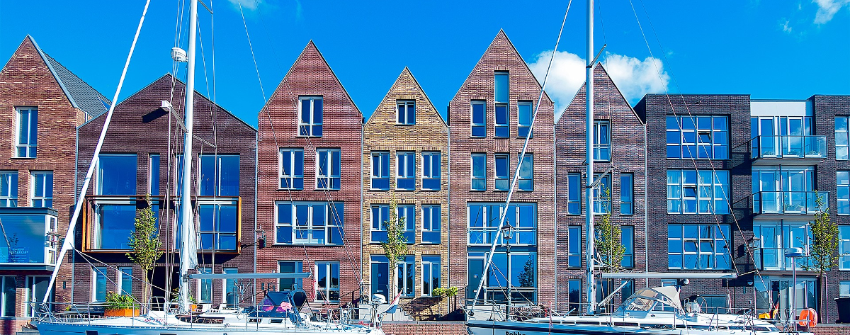 Rijtjeshuis: Zeker doen in Haarlem op de motor