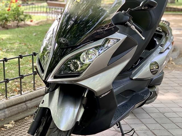 2010 KYMCO Super Dink moto en alquiler (2)