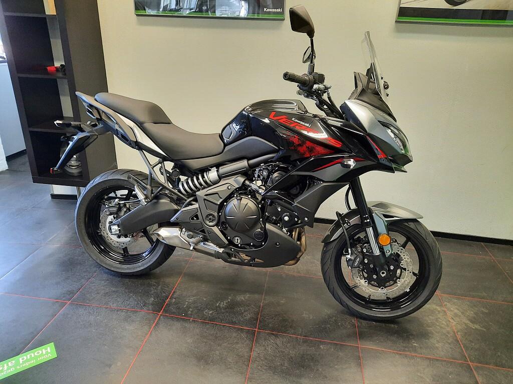 2021 Kawasaki Versys 650 motor te huur (1)