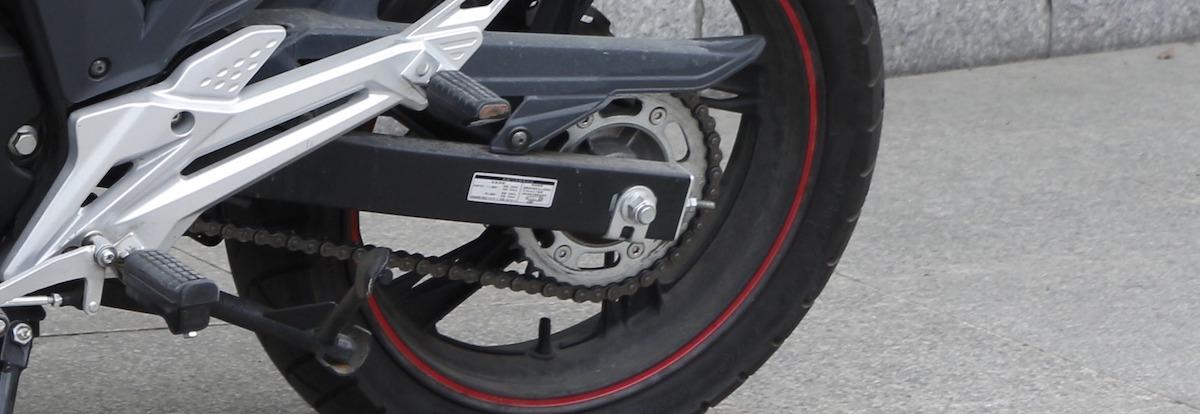 Motorketting: Ketting spannen