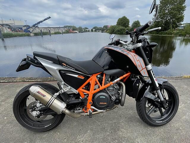 2012 KTM Duke 690 motor te huur (1)
