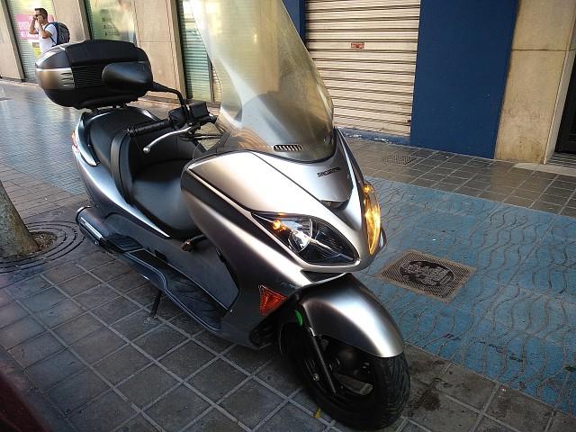 2007 HONDA Forza EX moto en alquiler (1)