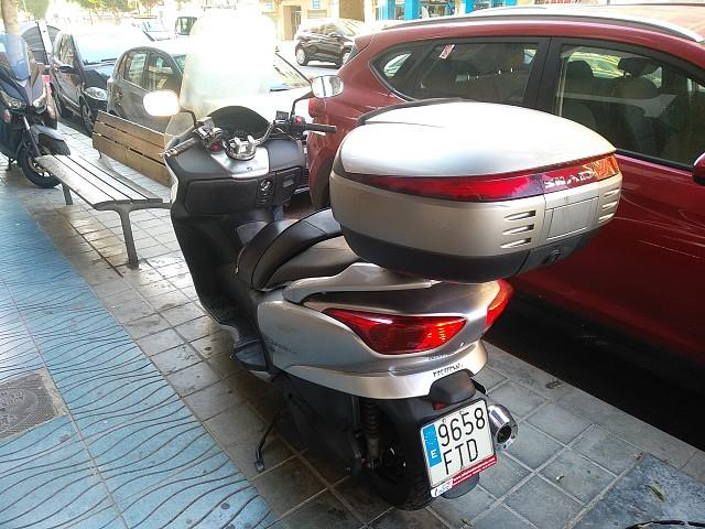 2007 HONDA Forza EX moto en alquiler (3)