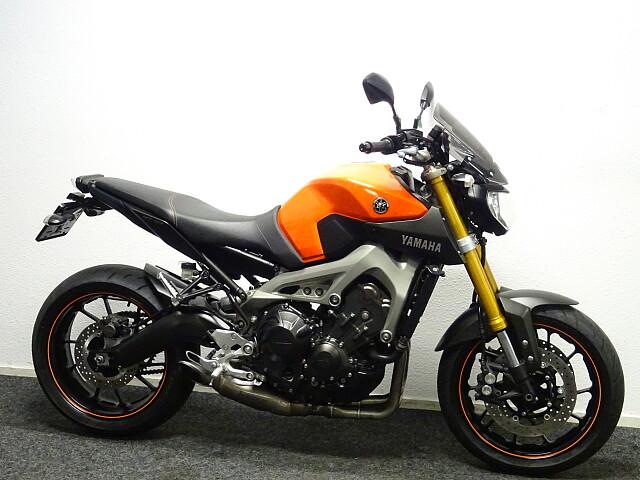 2014 Yamaha MT09 motor te huur (4)