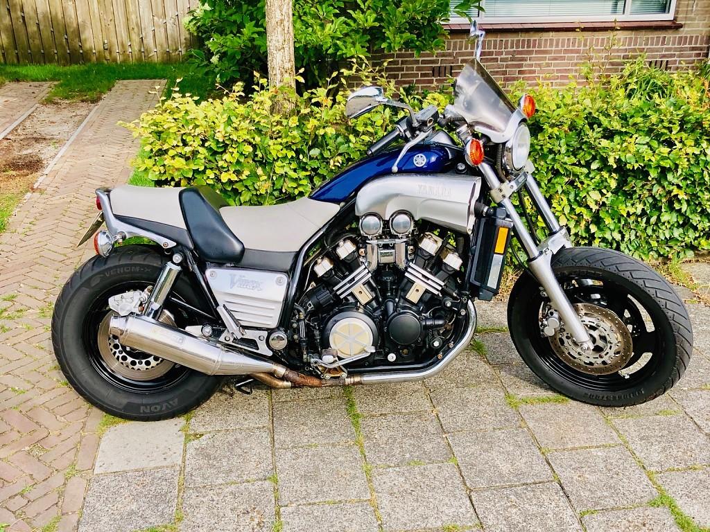 1993 YAMAHA 1200 V-Max motor te huur (1)