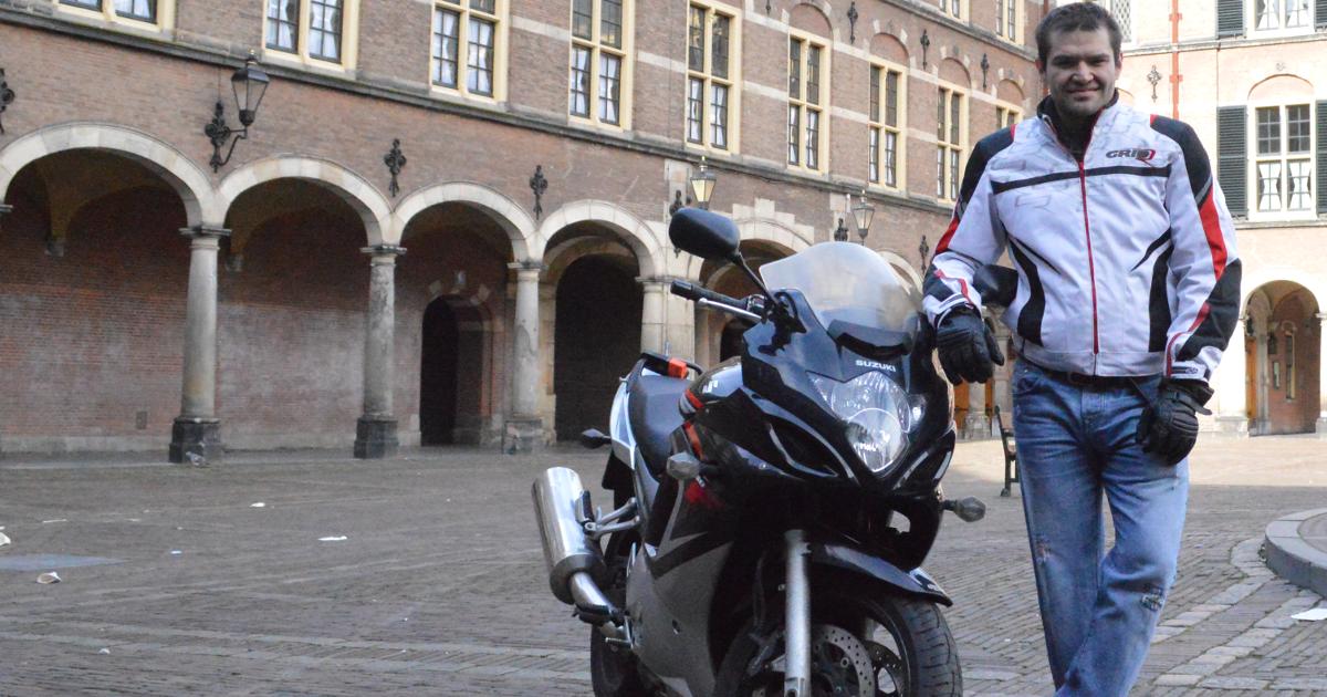 Nelson verhuurt zijn Suzuki GSX via MotoShare