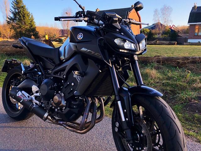 2017 Yamaha MT 09 motor te huur (3)