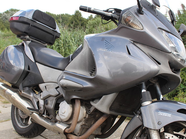2008 HONDA Deauville motor te huur (3)