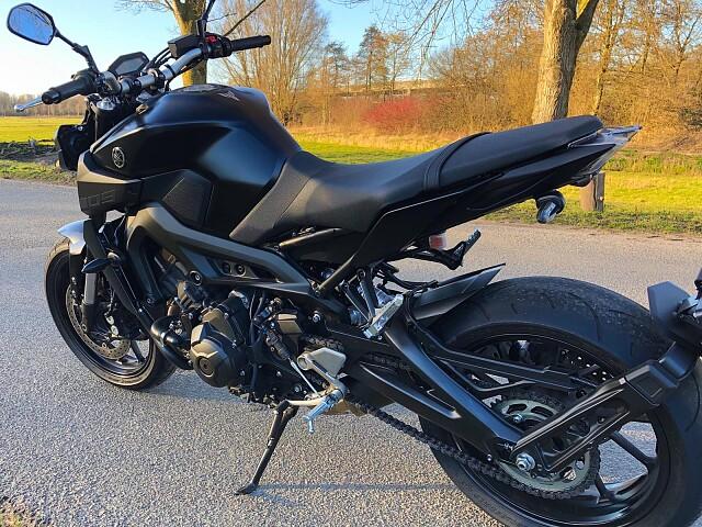 2017 Yamaha MT 09 motor te huur (5)