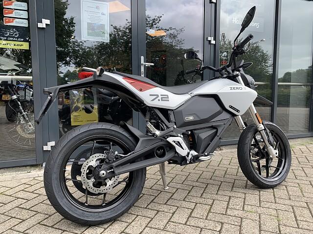 2021 ZERO Motorcycles FXE motor te huur (2)