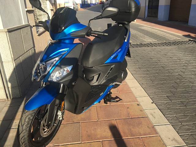 2019 KYMCO Agility City moto en alquiler (3)