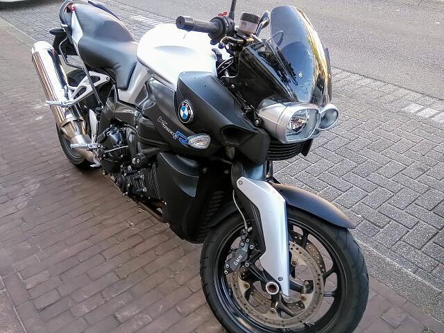 2008 BMW K 1200 R motor te huur (1)