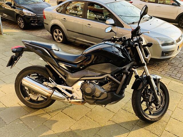 2012 Honda NC 700 motor te huur (4)