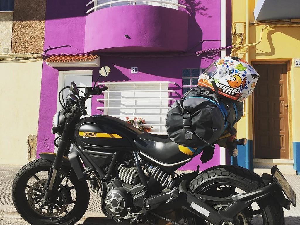 2015 DUCATI Scrambler moto en alquiler (1)